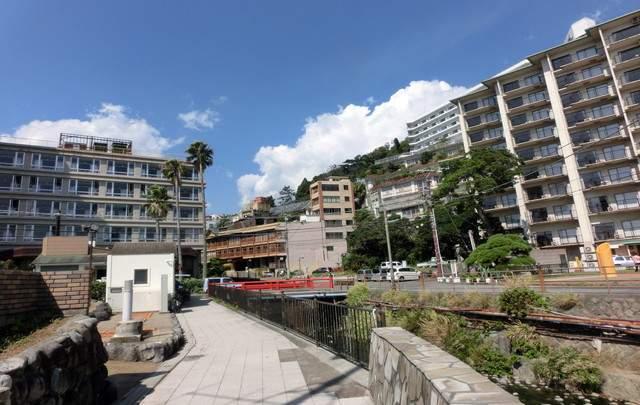 ホテルが建ち並ぶ景観