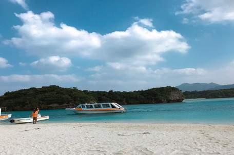キレイな海に囲まれた石垣島 周りの離島のアクセスもGOOD!